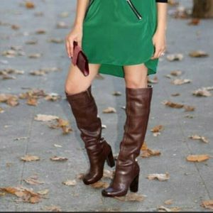 Nine West NWCROPSHOP Tall Boots in dark brown!